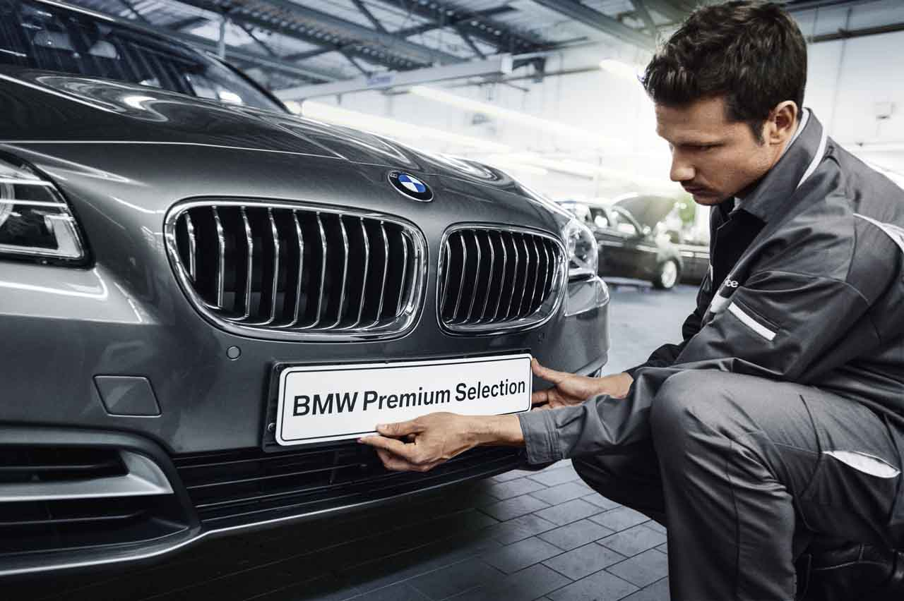 "<span style=""font-size:20px;""><strong>BMW Premium Selection</strong><br />2年間走行距離無制限保証</span>"